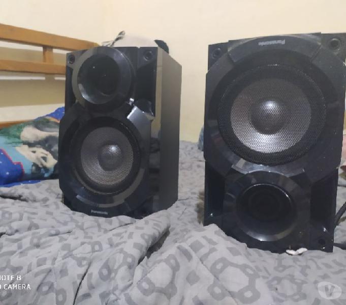 Bafles para equipo de sonido marca panasonic