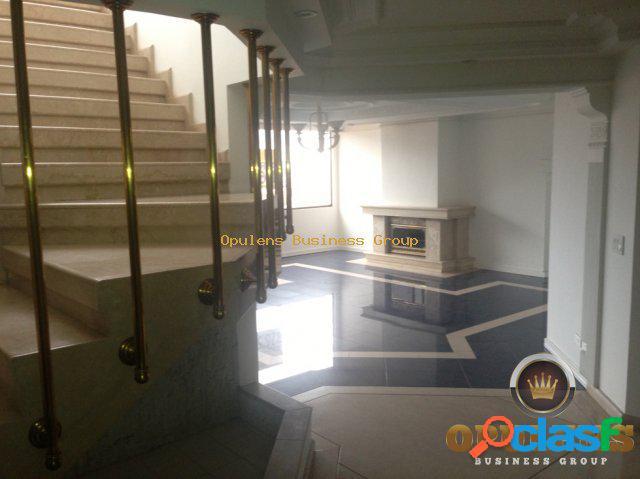 Apartamento en Arriendo en Multicentro en Bogota J197