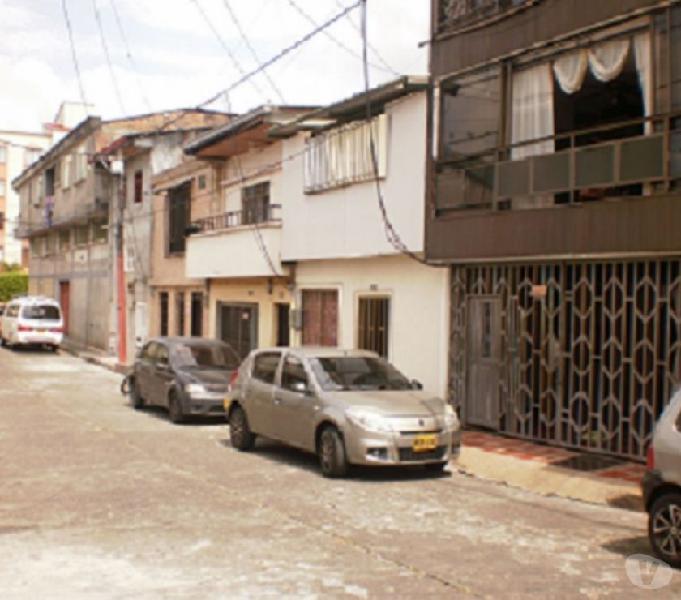 Casa para terminar central Pereira