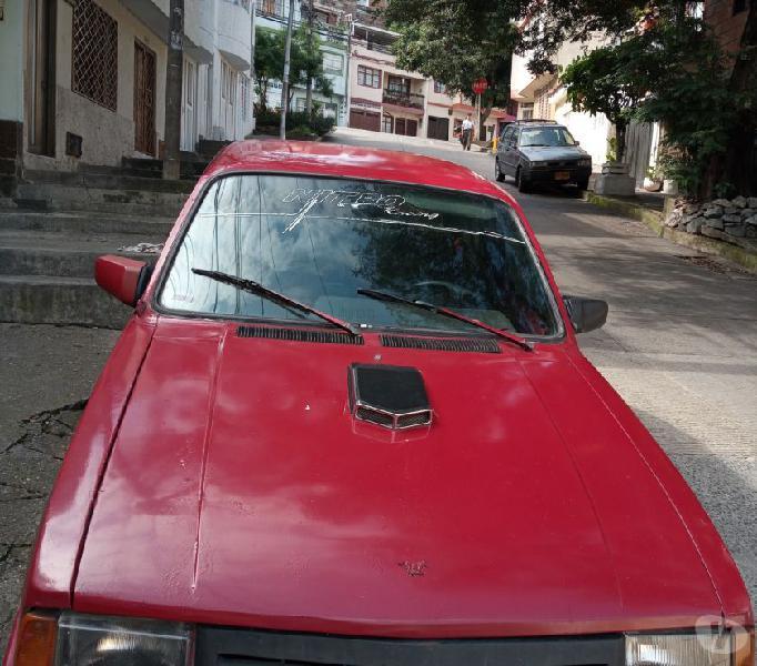 Se vende carro Chevrolet Chevette rojo año 85