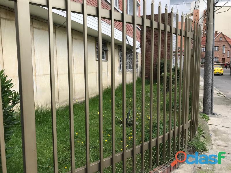 SE VENDE Apartamento de 103 mts2 en CHAPINERO. 1