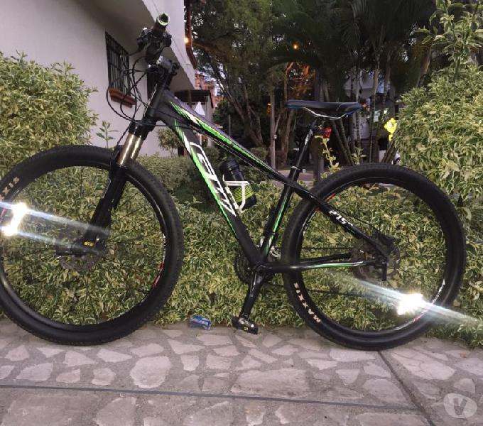 Bicicleta GW todoterreno