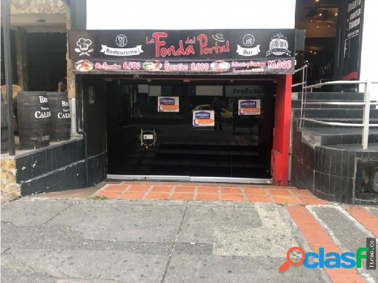 Se arrienda local comercial avenida bolivar