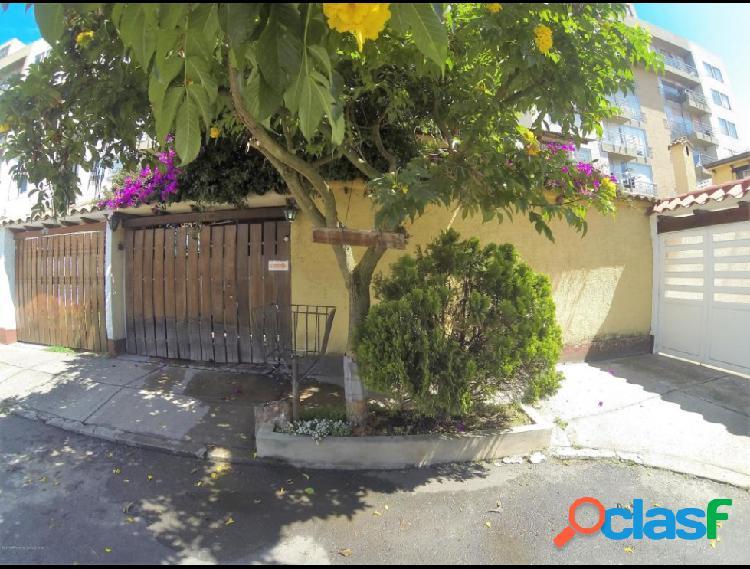 Vendo Casa Villa Del Prado IC MLS 20-122