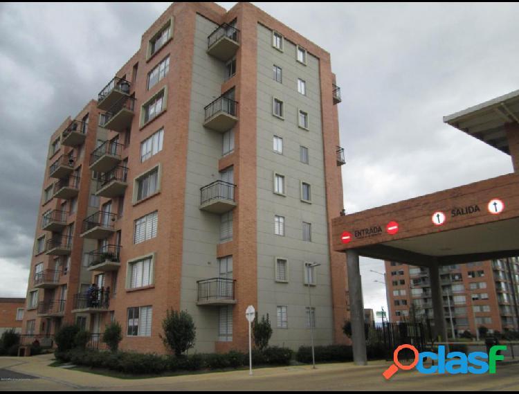 Vendo Apartamento Hacienda Alcala IC MLS 20-324