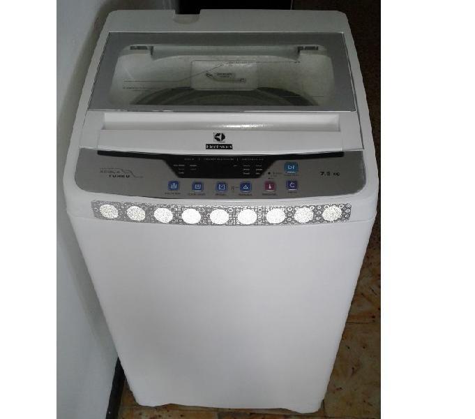 Lavadora marca electrolux con garantía