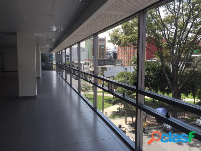 Oficinas en Arriendo Chico Bogota A196
