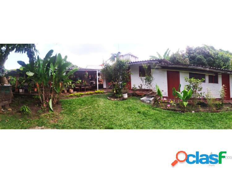 Gran casa campestre buitrera de palmira