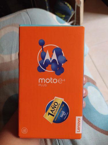 Motorola E4 +