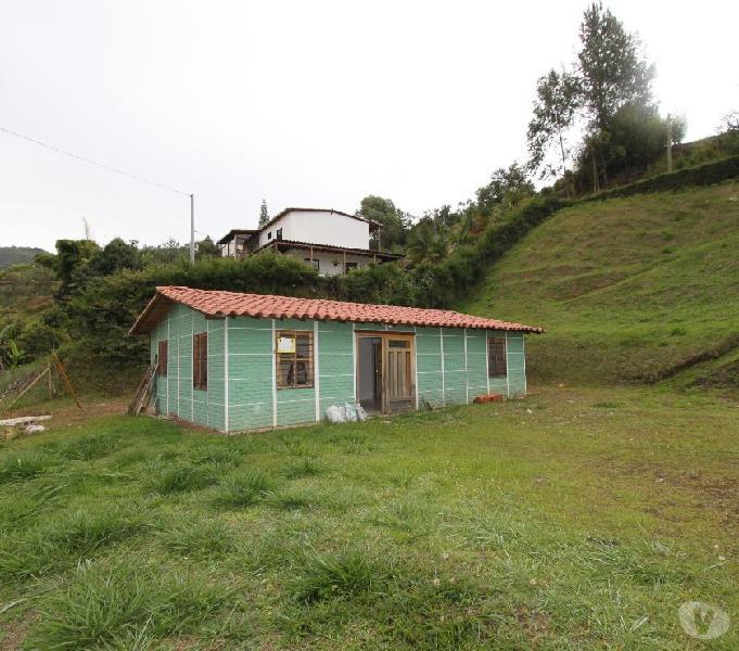 Finca en venta Guarne-Vereda Chaparral