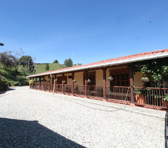 Finca para la venta en Marinilla- vía el peñol