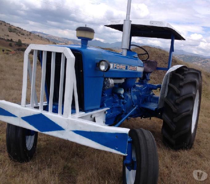 tractor ford 5000 en perfectas condiciones para trabajar gan