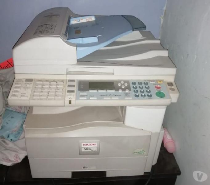 Vendo fotocopiadora exelente estado marca ricoh 161