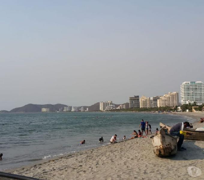 Alquilo apartamentos amoblados frente al mar