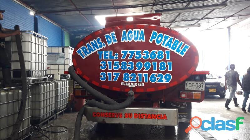 Suministro de agua en carrotanque