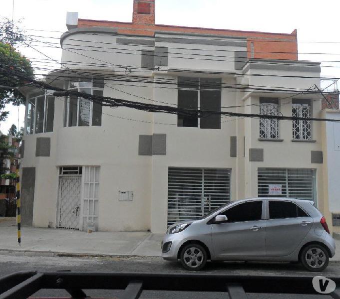 Ojo!!vendo casa biplantas comercial 5 rentas- granada norte
