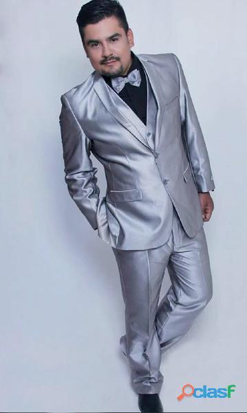 Alquiler trajes para hombre elegantes y modernos