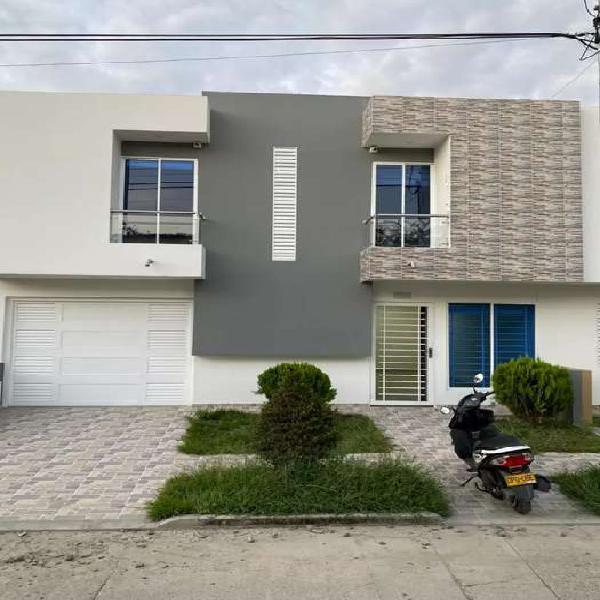 Casa de dos pisos tulua barrio nuevo principe