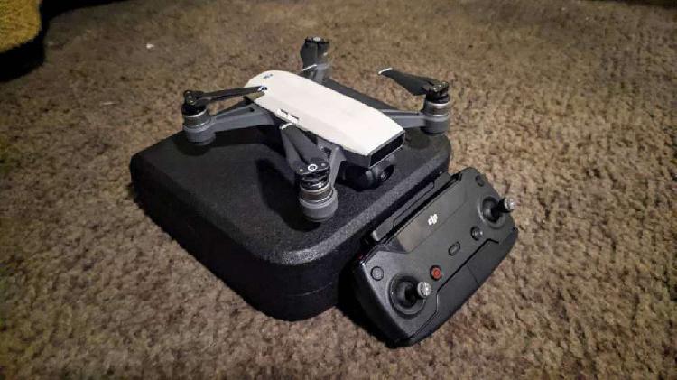 Drone dji spark + control dron