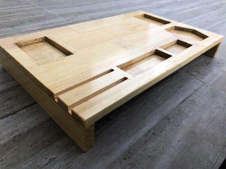 Base para pc diseño en pino