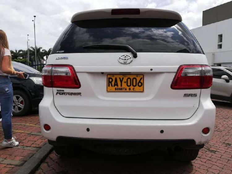 Toyota fortuner urbana