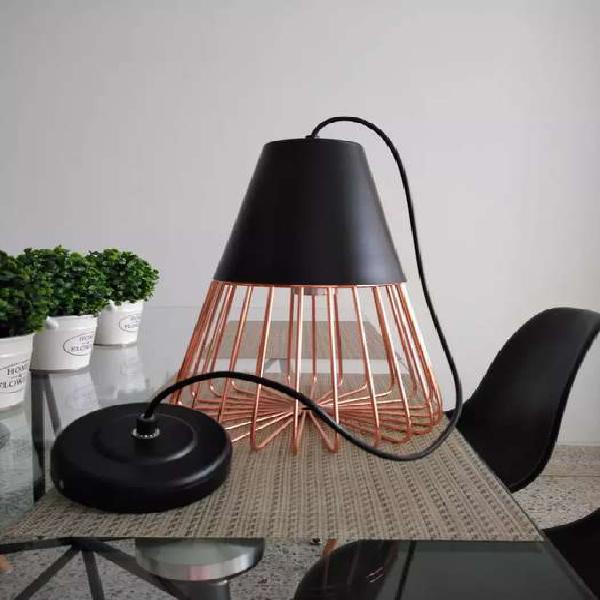 Vendo hermosa lámpara moderna tipo vintage