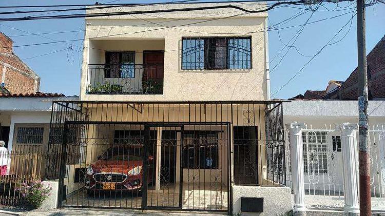 Casa en venta en cali urbanización la base codvbbnc_91195