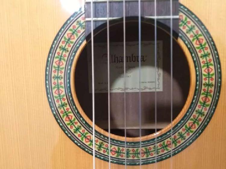 Guitarra alhambra 3 c