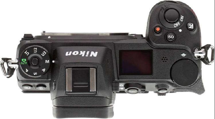 Nikon Z7 + lente Nikkor Z 24-70 f/4 + tarjeta XQD Sony 64 GB