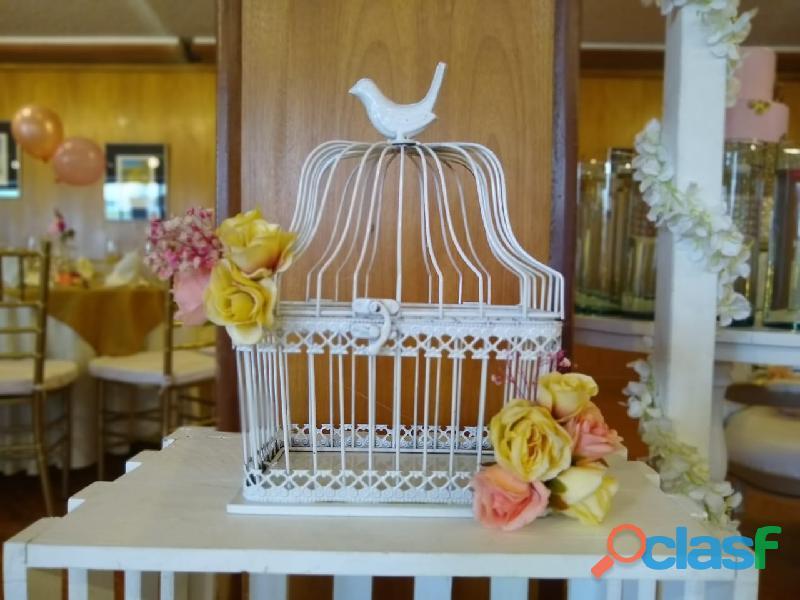 Alquiler de mobiliario y Decoración de Eventos 8