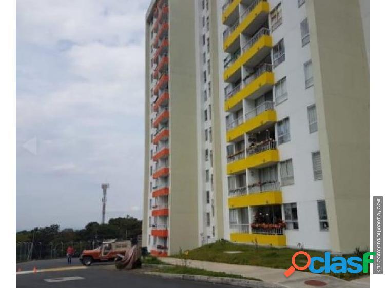 Apartamento 7mo piso club residencial, la pavona