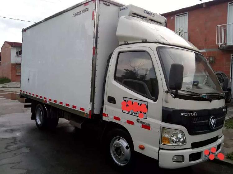 Camión fotón 3.5 toneladas 2016 con trabajo transportando