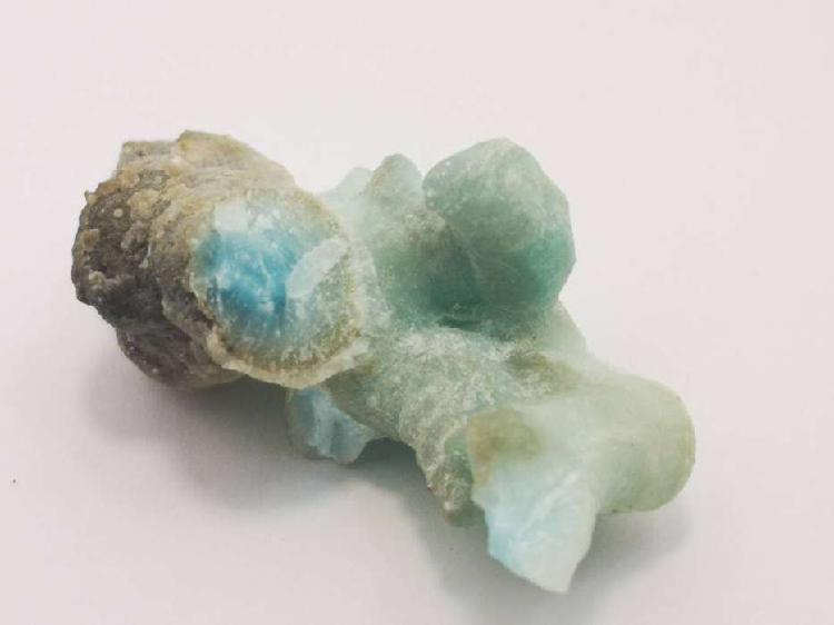 Aragonito Azul Piedra Natural 64 Quilates $ 40.000