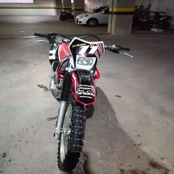 Honda crf 230 enduro no ktm rfz ycf