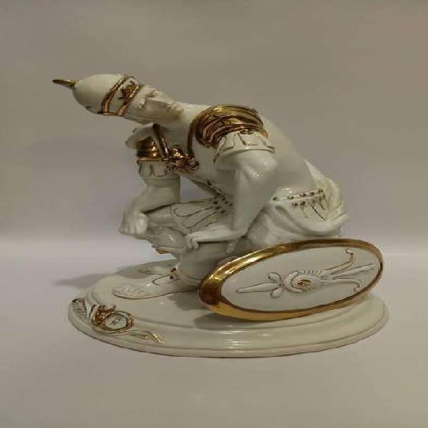 Porcelana capo di monti italy 1930 tema gladiador original