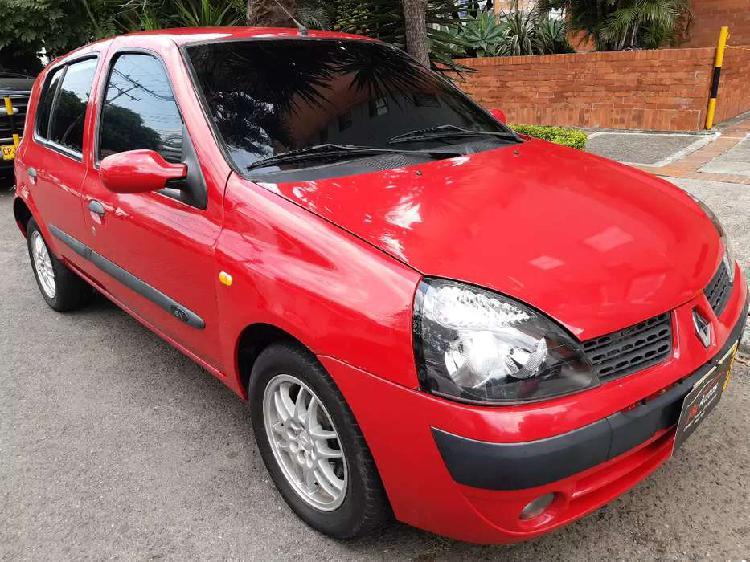 Renault clio 2004 blindado