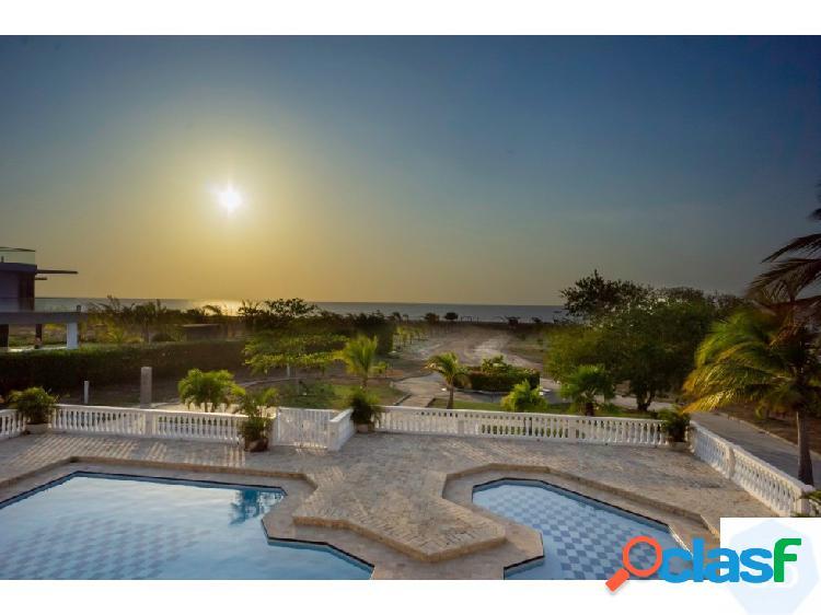 Cartagena, condominio palma real casa en venta