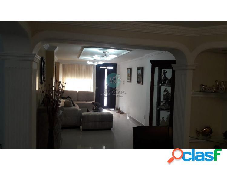 En venta hermosa casa en terrazas de tres niveles
