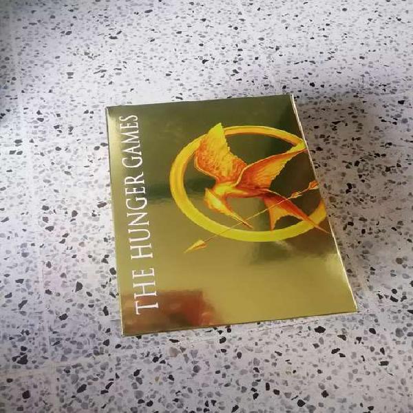 Colección de libros de the hunger games/ ingles