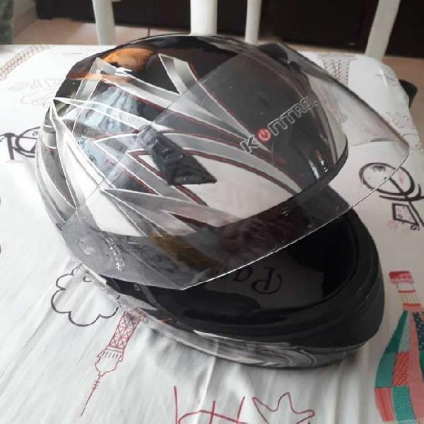 Se vende casco en buen estado