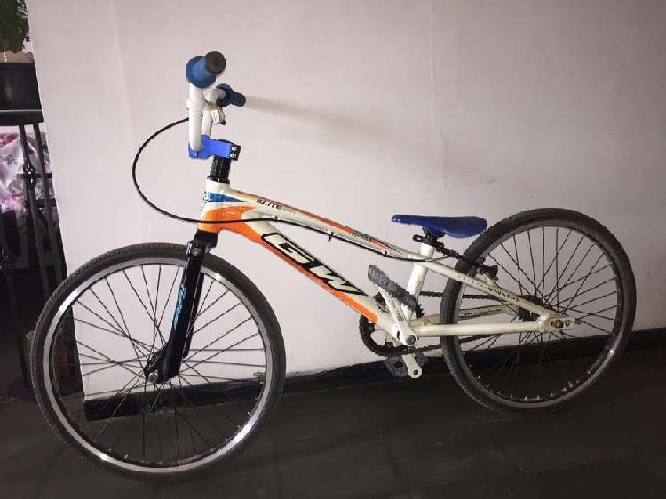 Vendo bicicleta de bicicross