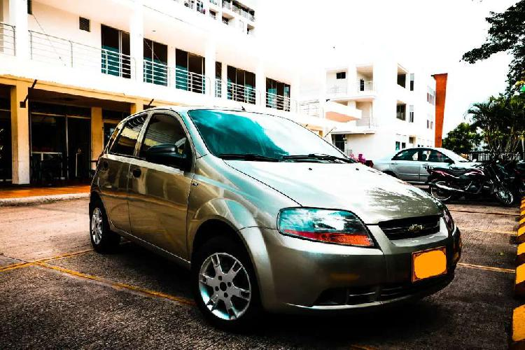 Vendo aveo five al dia!!
