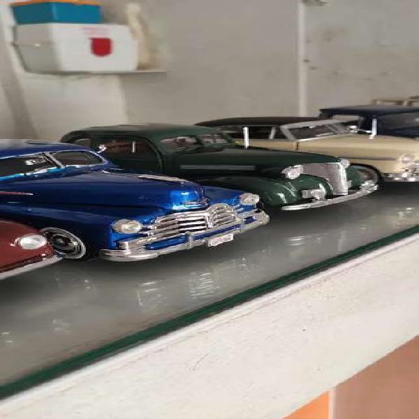 Colección de autos y motos