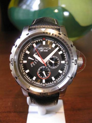 Nuevo! ¡nautica men / 's black dial day date watch!
