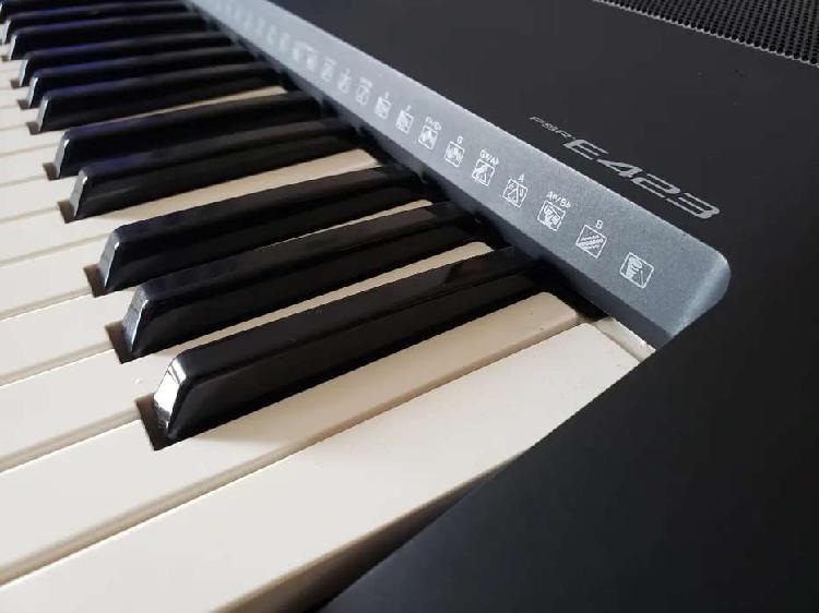 Yamaha e423 | teclado-piano-synt