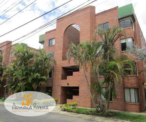 Apartamento en arriendo en la aldea popayan simicrm7421489