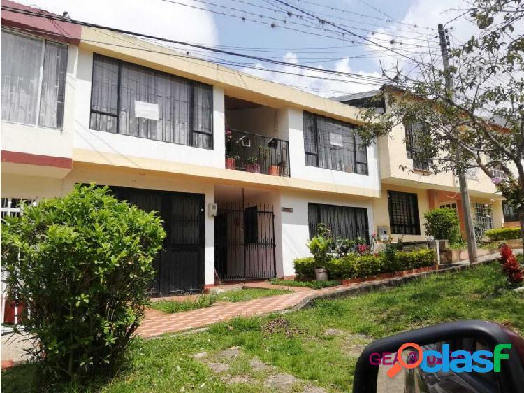 Vendo casa con dos apartamentos en fusagasuga