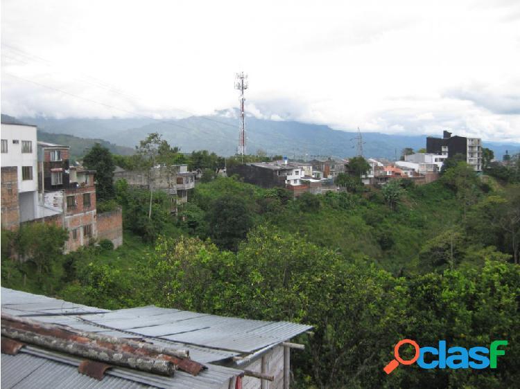 Lote urbano armenia av. bolivar rico 9700