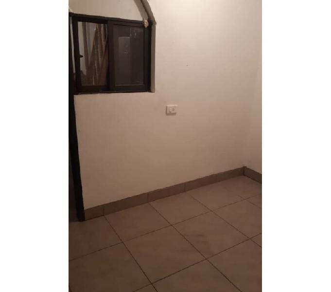 Habitación con baño privado