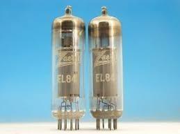 Un par de tubos amplificadores de potencia el84